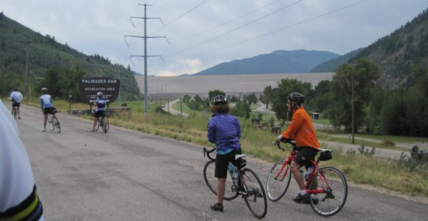 Oh, dam! That's where the road goes - up on top of Palisades Dam. Some climbing ahead!
