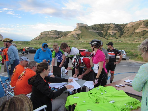 Early morning registration at the Oregon Trail Days Hill Climb.