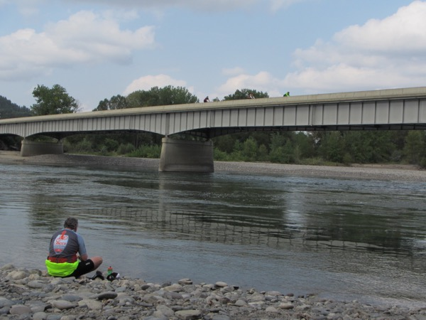 The park was right on the bank of the Yellowstone River, and many of us cyclists went down to sit on the water-smoothed stones next to the river, to eat lunch and watch the incoming cyclists on the bridge above.