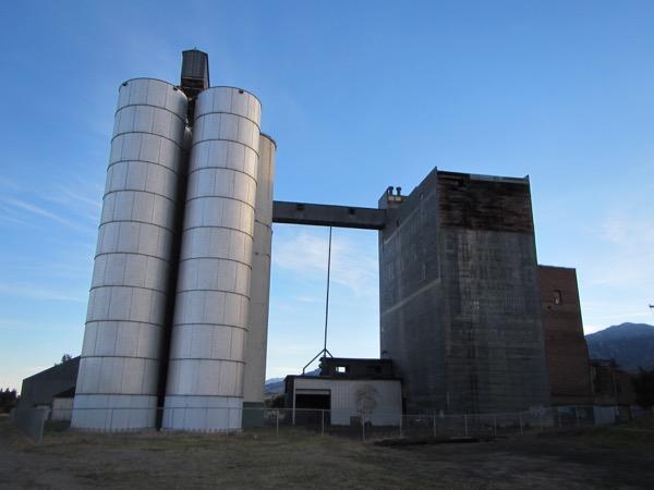 3 grain elevator