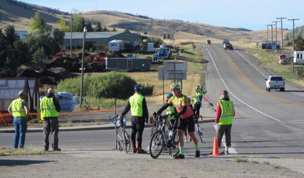 14-walk-bikes