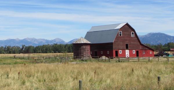 29-montana-barn